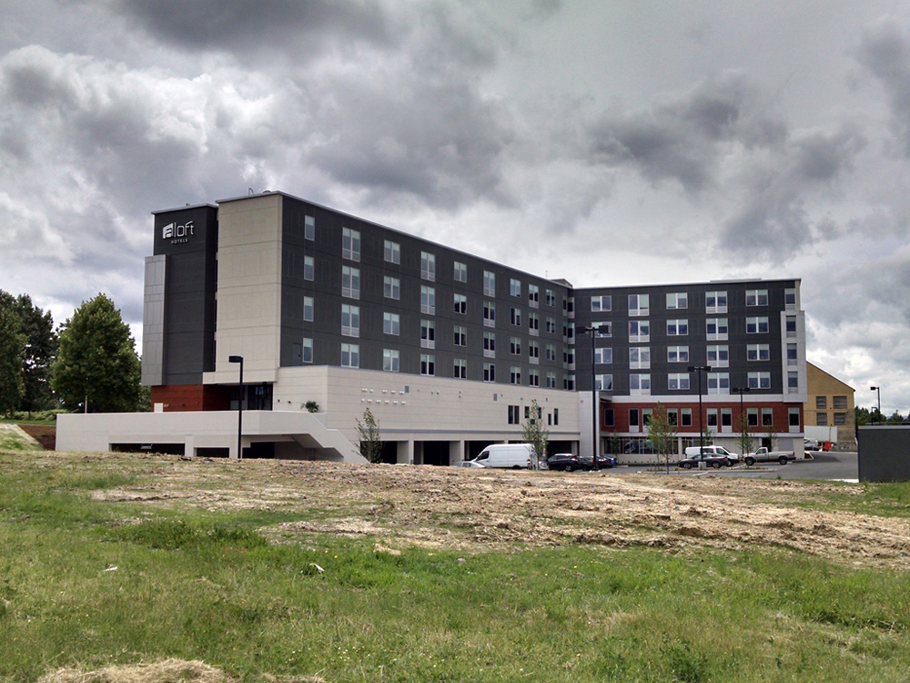 Commercial Hotels Aloft Hillsboro, OR
